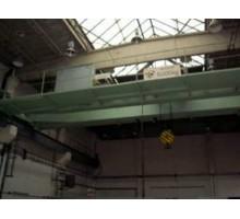 Veřejná dobrovolná společná dražba strojů a kancelářského zařízení - mostní jeřáb